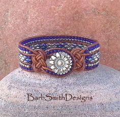 Azul cobalto plata abalorios cuero abrigo brazalete pulsera - un nudoso en…
