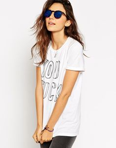Shop ASOS Skinny Frame Round Sunglasses With Flash Lens at ASOS. Stylish Sunglasses, Round Sunglasses, Fashion Online, Asos, T Shirts For Women, Skinny, How To Wear, Stuff To Buy, Frame