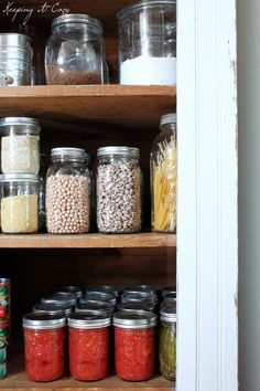 Organizing a Pantry & Pantry Essentials