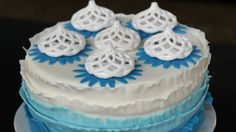 3d sugar printed spiral cake toppers. This time with a minty flavor. http://3dchef.nl/2014/06/17/sitting-pretty/