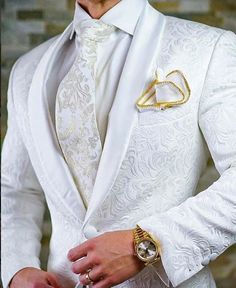 Groom Tuxedo Custom Made Men Suits Lapel Groomsmen Wedding Prom Suits Customize White Tuxedo Wedding, Groomsmen Grey, Mode Costume, Designer Suits For Men, Designer Tuxedo, Tuxedo For Men, White Suits For Men, Prom Suits For Men, White Prom Suit