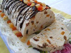 Pe masa din bucatarie: Salam de biscuiti alb cu fructe confiate Biscuit, Sushi, Deserts, Yummy Food, Sweets, Cooking, Ethnic Recipes, Pastries, Amor