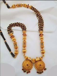 Traditional mangalsutra design - The handmade craft Gold Pendant, Pendant Jewelry, Gold Jewelry, Gold Necklaces, Gold Mangalsutra Designs, Gold Bangles Design, Beaded Jewelry Designs, Bridal Jewelry, Marathi Bride