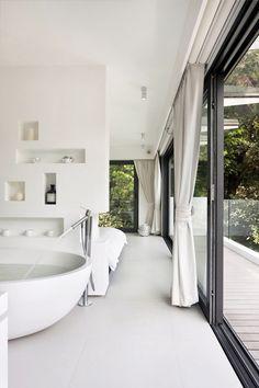 Bath sliding doorGuangxi Fumeiyao Energy-Saving Window&Doorhttps://gxfmy.en.alibaba.com
