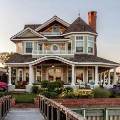 70 Most Popular Dream House Exterior Design Ideas – Ideaboz – Architecture – - Traumhaus Dream Home Design, My Dream Home, House Design, Design Room, Dream House Plans, Style At Home, Cute House, Dream House Exterior, House Ideas Exterior