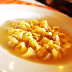 Tudo gostoso a receita de Sopa de capeletti do Comida do dia. Receita fácil que você vai amar.