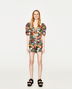 Image 1 of PRINTED TOP WITH FULL SLEEVES from Zara