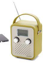 Music completes any picnic. (Trail Remix Radio | Mod Retro Vintage Electronics | ModCloth.com)