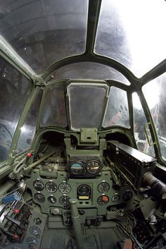 Mitsubishi A6M7 Zero-sen cockpit - WWII Gallery