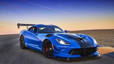 2016 Dodge Viper ACR Oh to be young again - and take more driving lessons on this one! Us Cars, Sport Cars, 2016 Dodge Viper, Viper Acr, Exotic Sports Cars, Exotic Cars, Final Drive, Ford, American Muscle Cars