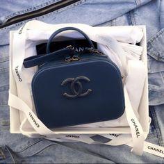 8a1ca3e6f873 Chanel Purse, Chanel Wallet, Clutch Purse, Chanel Handbags, Purse Wallet,  Purses