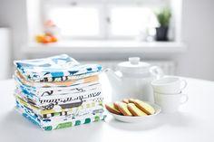 The delightful Metsä tea towel was designed by Bjørn Rune Lie for Kauniste, Finland. Kitchen Towels, Home Decor Inspiration, Scandinavian Design, Decorating Tips, Tea Towels, Finland, Interior And Exterior, Kitchen Dining, Tea Pots