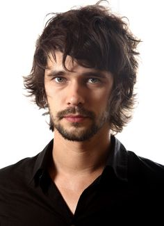 i always love man's with cat or....messy hair :D .....*Ben Whishaw*