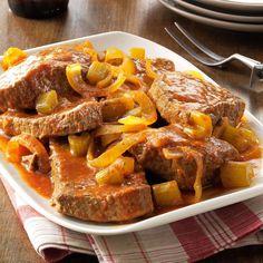 Swiss Steak Recipe Taste Of Home.Sour Cream Swiss Steak Recipe Taste Of Home. Easy Swiss Steak Recipe Taste Of Home. Crockpot Dishes, Crock Pot Cooking, Beef Dishes, Food Dishes, Crockpot Recipes, Main Dishes, Casserole Recipes, Swiss Steak Recipes, Meat Recipes