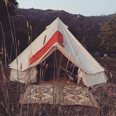 "THE VISTA  en Instagram: "" Shelter  All we need... #bigsur #underthestars #love #roadtripping #california"""