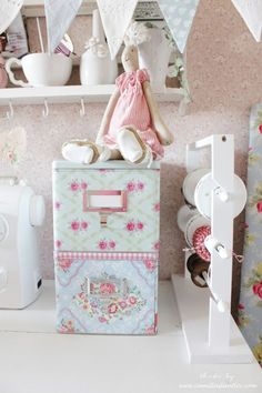 ApriCot Flag Garlang @ Camillas Lantliv Blog Heart Handmade UK: An Inspiring Sewing Room