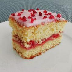 Bedste Tiramisu Ever! Vanilla Cake, Food Videos, Sweet Recipes, Cheesecake, Sweets, Make It Yourself, Cakes, Gummi Candy, Cake Makers