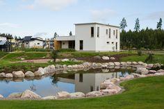 Honka Log Homes. Log Houses, Wonderful Things, Finland, Yard, Homes, House Styles, Modern, Decor, Houses