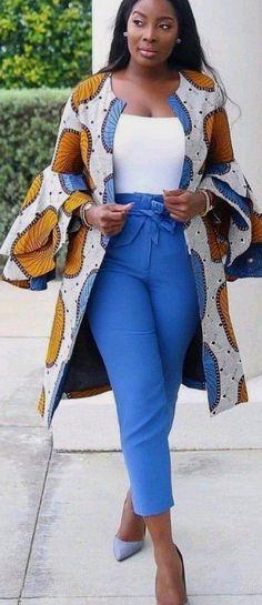 Le meilleur des capes, kimonos et ponchos en Wax # African Dresses For Kids, African Wear Dresses, Ankara Dress Styles, Latest African Fashion Dresses, African Print Fashion, African Attire, Kimono Fashion, Fashion Outfits, Mode Kimono