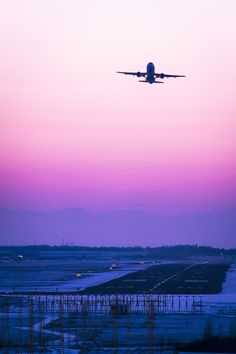 Helsinki airport, Finland, Sunset and plane by Ilari Lehtinen