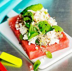 5:2-dieetti – minttumeloni-salaatti ja fetaa
