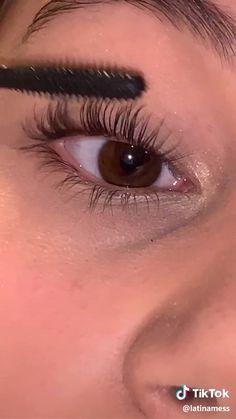 Hair and beauty – glowy makeup Cute Makeup Looks, Makeup Looks Tutorial, Makeup Eye Looks, Pretty Makeup, Skin Makeup, Cat Makeup, Makeup Eyeshadow, Glow Makeup, Eyebrow Makeup