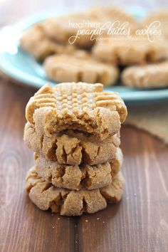 Easy Peanut Butter Cookies that are healthier than most, with only 104 calories per decadent cookie. These are soft, crumbly and full of peanut butter taste.