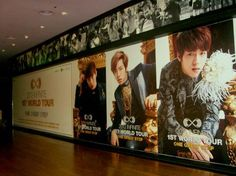 Infinite Cosmos @kikanim 3h 인피니트, 극장-지하철역에 월드투어 대형 포스터..위엄 pic.twitter.com/9nsjYmtUXN