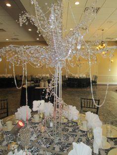 Beaded crystal tree centerpiece #capriottiscatering #wedding #capriottispalazzo #centerpiece