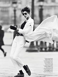 Karlie Kloss Does 'Street Dance' by Lachlan Bailey for Vogue Paris March2013 - 8 Style | Sensuality Living - Anne of Carversville Women's News