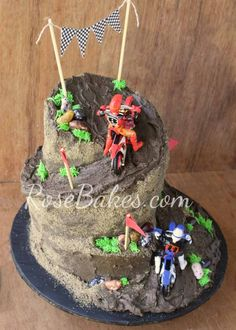 See lots of pics and how I carved the cake to get this wonky shaped Dirt Bike Racing Cake. Dirt Bike Party, Dirt Bike Cakes, Dirt Cake, Motorcross Cake, Motorcycle Cake, Motorcycle Birthday Cakes, Dirt Bike Birthday, Bike Birthday Parties, 5th Birthday Cake