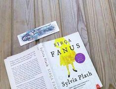 Okuma Alışkanlığı Kazanmak İsteyenlerin Kütüphanesinde Mutlaka Bulunması Gereken 14 Kitap- Onedio.com Sylvia Plath, Books To Read, Reading Books, Cover, Amp, Inspirational, The Reader, Reading, Blankets