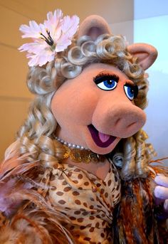 Muppets at the Center for Puppetry Arts, Miss Piggy – Gail P. Stone Muppets at the Center for Puppetry Arts, Miss Piggy Muppets at the Center for Puppetry Arts, Miss Piggy