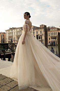 The hottest bridal designers from Israel - Inbal Dror