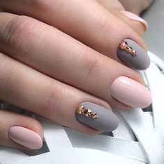 Rock The Round Nails: Comfortable Shape & Coolest Designs : Matte Nails, Pink Nails, My Nails, Round Nail Designs, Nail Art Designs, Nails Design, Round Design, Uñas Fashion, Round Nails