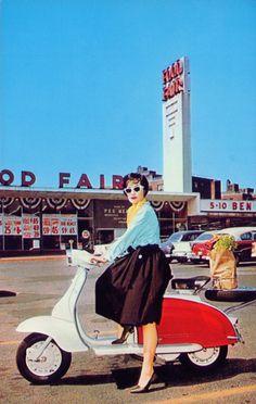 #ridecolorfully #katespadeny #vespa #losangeles #hollywood #california
