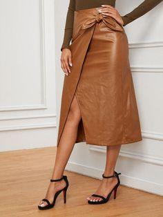 Pu Leather, Leather Skirt, Leather Fabric, Leather Fashion, Denim Wrap Skirt, Fall Skirts, Autumn Winter Fashion, Fashion Fall, Fall Winter
