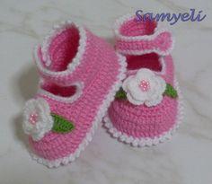Baby Booties free crochet tutorial