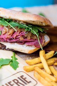 LA-SANDUCHERIE-travis-pastrami-G Pastrami Sandwich, Sandwiches, Tapas, Sandwich Recipes, Deli, Cool, Breakfast Ideas, King, Travel