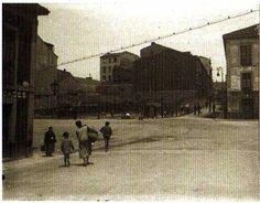 1926 Plaza del 6 de Agosto y cuesta de Begoña con el solar a la izquierda, para la construcción del edificio de Correos-Telegrafos