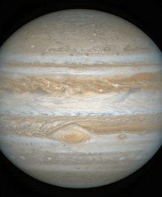 Jupiter Looming | by ianr81