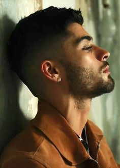 Image about one direction in Zayn Malik 🔥 by rashmi Zayn Malik Fotos, Zany Malik, One Direction, Bad Boys, Hot Guys, Handsome, Hairstyle, Portrait, Face
