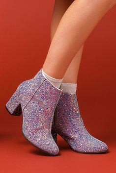 Mid Calf Shoes, Female through our greater choice of styles. Dream Shoes, Crazy Shoes, Me Too Shoes, Heeled Boots, Shoe Boots, Ankle Boots, Shoes Heels, Glitter Outfit, Glitter Heels