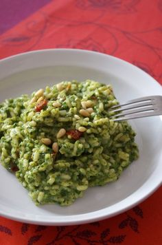 Spinach, goat cheese, lemon and candied tomato risotto - Clémence& culinary temptations - Hello everyone Here I am again! Sorry for this long absence … I have cooked little new things in - Healthy Recipes For Diabetics, Healthy Gluten Free Recipes, Healthy Salad Recipes, Veggie Recipes, Vegetarian Recipes, Risotto Recipes, Pasta Recipes, Chicken Recipes, Tomato Risotto