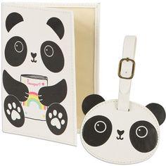 <p>Håll koll på pass och resväska med en gullig panda!</p>