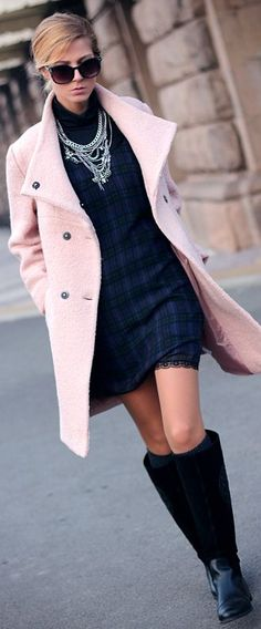 Women fashion clothing outfit style pink coat black boots sunglasses dress necklace spring autumn casual street Source by candicegriggs Style Work, Style Me, Look Fashion, Fashion Outfits, Womens Fashion, Fashion Trends, Fashion Coat, Fashion Tights, Fashion Bloggers