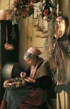 Wreath Making / Lovely to know Tasha Tudor did it.