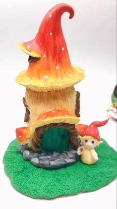 Clay Crafts For Kids, Fun Crafts, Polymer Clay Crafts, Diy Clay, Clay Fairies, Flower Fairies, Clay Fairy House, Doll House Crafts, Clay Art Projects