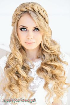 Unique and Different Hair Styles for Girls how to style girls hair - Hair Style Girl Cute Hairstyles For Teens, Braided Crown Hairstyles, Teen Hairstyles, Wedding Hairstyles For Long Hair, Hairstyles For School, Headband Hairstyles, Hairstyle Ideas, Beautiful Hairstyles, Perfect Hairstyle