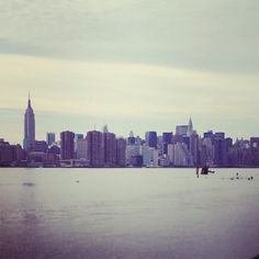 """One belongs to #NewYork instantly, one belongs to it as much in 5 minutes as in 5 years.""-Tom Wolfe #quoteswelove"